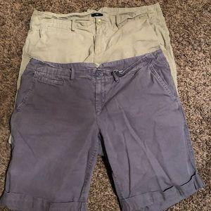 2 Pair Women's gap shorts Bermuda size 12 khaki